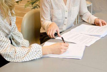 Jak napisać pismo o umorzenie odsetek?